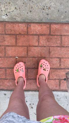 Cool Crocs, Cool Kidz, Crocs Classic, Crocs Shoes, Comfy Shoes, Palm Beach Sandals, Your Shoes, Shoe Game, Clogs