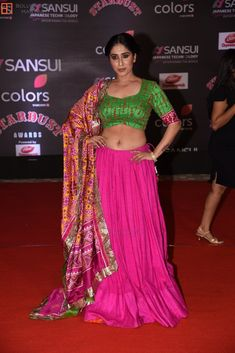 Neha Bhasin Navel, Awards, Sari, Singer, Japanese, Color, Style, Fashion, Saree