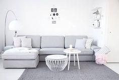 De KIVIK bank thuis bij @anoukdekker | #IKEABijMijThuis IKEA IKEAnederland wooninspiratie inspiratie zitbank woonkamer