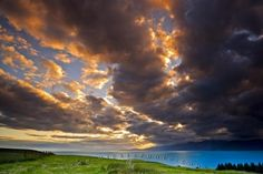 Fascinating cloud formations of extraordinary hues fill the sky at sunset over South Bay and the Kaikoura Coast on the South Island of New Zealand. Sunset Pictures, All Pictures, Great Wide Open, Close Encounters, South Island, Beautiful World, Coastal, Sunrise, Around The Worlds