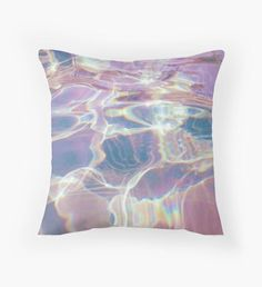Holographic trippy Throw Pillow