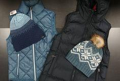 Ils vous garderont au chaud et ils sont confortables pour monter à cheval!!  Couleurs disponibles   Bleu marin foncé et bleu-gris. 072c4a3ea528