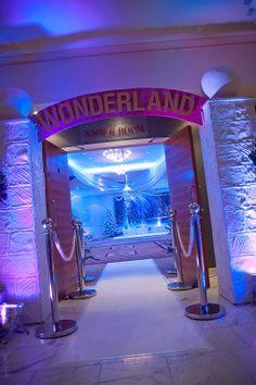 15 best winter wonderland theme christmas party at the auction house rh pinterest com
