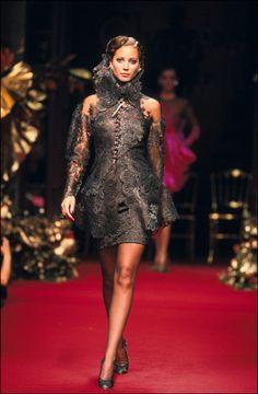 1994-95 - Gianfranco Ferré for Christian Dior Couture show - Christy Turlington
