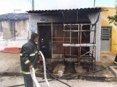 Observador Independente: PAULO AFONSO: Homem ateia fogo em residência da ti...
