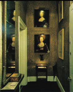 David Hicks - marblelized paper over jib doors