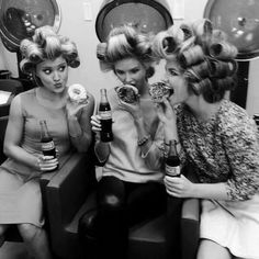 This is quality salon time hairstyles vintage hair salons, beauty shop, . Vintage Hairstyles, Messy Hairstyles, Vintage Hair Salons, Barefoot Blonde, Hair Quotes, Salon Quotes, Curlers, Beauty Shop, Hair Beauty