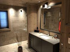 Lunt og trivelig med på - fra Vyrk i fargen Irenes spesial House Design, Cabin, Mirror, Google, Wall, Furniture, Irene, Bathroom Ideas, Ski