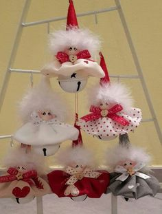 adorable Christmas gnome in white with mint-green hat and mittens, carrying a white Christmas treeRiunione di famiglia a casa gnometti 😊Image gallery – Page 296533956712957986 – ArtofitThis listing is for one Mini Gnome. Baby Christmas Ornaments, Woodland Christmas, Christmas Fairy, Etsy Christmas, Christmas Bells, Christmas Angels, Handmade Christmas, Christmas Tree Decorations, Christmas Wreaths
