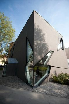 Extension to the Felix Nussbaum Haus, Osnabrück, Germany. 1998 | Daniel Libeskind