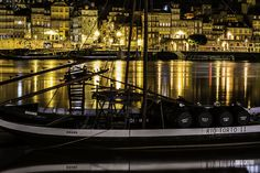 #PORTO #RIBEIRA #IMAGEMNOTURNA Douro, Photography, Port Wine, Landscape Photography, Boats, Photos, Ribe, Fotografie, Fotografia