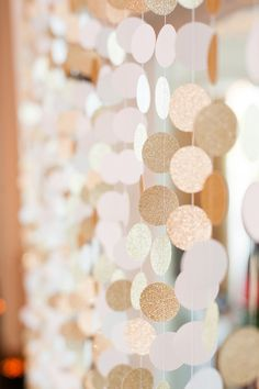 Gorgeous, glittery blush and gold garlands! {@candicebenjamin}