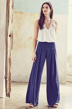 Anthropologie EU Sydney Pleated Trousers.  These graceful wide leg trousers are on the top of our summer sartorial wishlist, thanks to their laid-back silhouette and versatile hue.