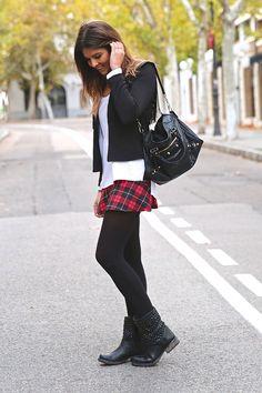Plaid skirt and frindges