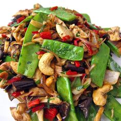 Slow Cooker Cashew Chicken, Chicken Cashew Stir Fry, Healthy Chicken, Asian Recipes, Healthy Recipes, Ethnic Recipes, Healthy Meals, Clean Eating, Healthy Eating