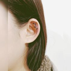14 Delicate ear tattoos to consider