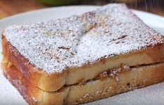 Watch Four ways to make French toast sandwiches @ Komando Video Twisted Recipes, Dutch Recipes, Sweet Recipes, Baking Recipes, Beignets, Sandwiches, Food Places, Easy Snacks, Love Food