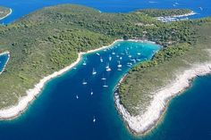 Croatia is a cruising paradise & this guide to choosing a sailing route, will help you decide the best charter area for you.