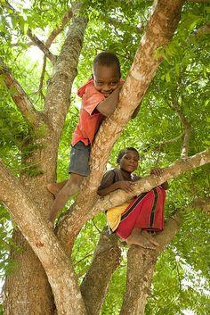 Tsunza, Kenya(by iHennigs)::