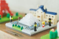 Nanoblock-sights to see/Louvre