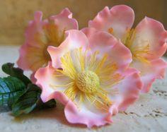 Sugar Gumpaste Briar Rose (Eglantine)