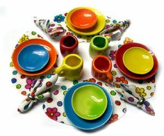FIESTA WARE DINNER/LUNCH SET