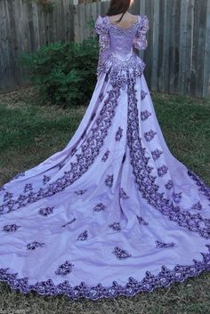 Vintage Medieval Wedding Dress LOTR Renaissance Fantasy Gown Lavender Fairy Gown