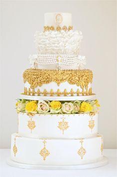 Cake: Cakes by Krishanthi; To see more gorgeous wedding cakes: http://www.modwedding.com/2014/05/20/stunning-wedding-cakes-from-cake-by-krishanthi/ #wedding #weddings #wedding_cake