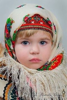 The person who originally posted this stated, 'This is how my mom dressed me in the winter when I was about 3 or - how lovely! Precious Children, Beautiful Children, Beautiful Babies, Beautiful People, Kids Around The World, We Are The World, People Around The World, Little People, Little Ones