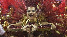 O desfile doSalgueiro - Galeria de fotos - VEJA.com__http://veja.abril.com.br/multimidia/galeria-fotos/o-desfile-da-salgueiro-2014