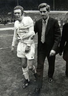 Dr Ian Adams with Mick Jones at the 1972 FA Cup final.