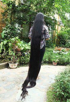 R Real Rapunzel, Rapunzel Hair, Really Long Hair, Super Long Hair, Longer Hair, Hair Health, Sasuke, Hair Lengths, Diy Beauty