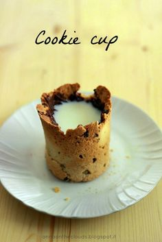 Cookie cup: i miei pensieri tuffati nel latte caldo – Anna on the Clouds