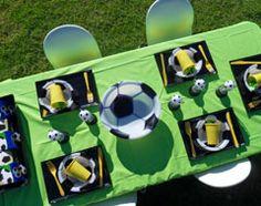 Super Striker Soccer Party - black-yellow-green