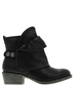 229.90zł BUTY – MARCO TOZZI – BOTKI http://mybranding.pl/produkt/buty-marco-tozzi-botki-3/  #moda #fashion #women #kobieta #buty #marco #tozzi #botki #damskie #niski #obcas #cholewa #ankle #boots #skóra #czarny #black