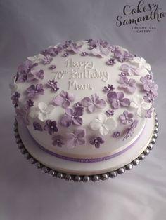 Birthday cake with purple flowers. - Birthday cake with purple flowers. … birthday cake with purple flowers. 90th Birthday Cakes, Birthday Cake For Mom, Birthday Cake With Flowers, Birthday Cakes For Women, Cake Flowers, Birthday Cupcakes, Flower Cakes, Happy Birthday, Bolo Floral