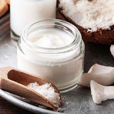 Infos zur Anwendung von Kokosöl fürs Gesicht, z.B. als Gesichtscreme, Gesichtsmaske, Peeling, als Lippenpflege, zum Abschminken und mit vielen DIY-Rezepten ...