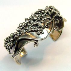 Stile di Pallanti solid sterling and pure silver cuff bracelet.