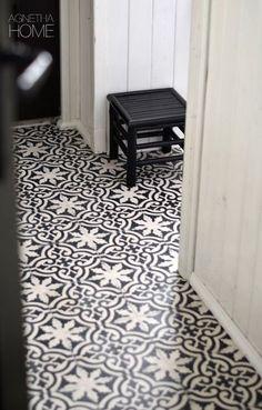 presidenthal:  x....oh my gosh I luu uu. Vvvve this tile.