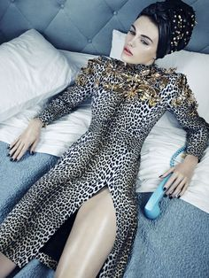 'Vogue Beauty' by Emma Summerton for Vogue Italia November 2013 | The Fashionography