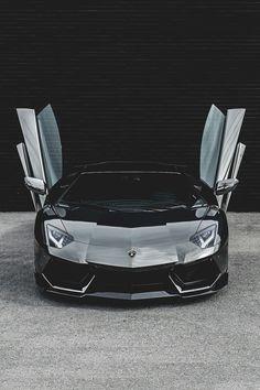 Lamborghini _________________________ WWW.PACKAIR.COM