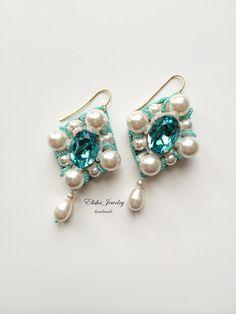 Chandelier earring Adele with Swarovski crystals от ElishaBoutique