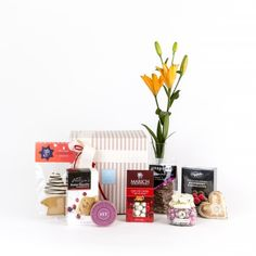 Yuletide Christmas Gift Box All things yummy, wrapped, ribboned and delivered across New Zealand with your personal Christmas wishes attached.  Christmas gift giving made easy.