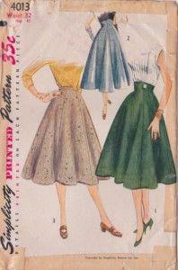 High waisted scalloped skirt - Loran's!