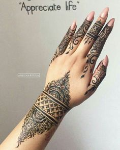 Mehndi Design Offline is an app which will give you more than 300 mehndi designs. - Mehndi Designs and Styles - Henna Designs Hand Henna Hand Designs, Bridal Henna Designs, Beautiful Henna Designs, Mehndi Designs For Hands, Simple Mehndi Designs, Henna Tattoo Designs, Black Mehndi Designs, Mehandi Designs, Beautiful Tattoos