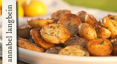 Crispy Garlic and Thyme Potatoes - Annabel Langbein – Recipes Side Recipes, Great Recipes, Dinner Recipes, Healthy Recipes, Easy Recipes, Kumara Recipes, Sweet Potato Dishes, Crispy Potatoes, New Cookbooks