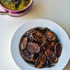 30 Minute Spicy Eggplant/Brinjal Fry - http://www.relishthebite.com/30-minute-spicy-brinjaleggplant-fry/ Extremely easy vegan eggplant recipe!