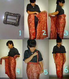 Batik fabric into a skirt (middle) Kebaya Lace, Batik Kebaya, Kebaya Dress, Batik Dress, Traditional Fashion, Traditional Outfits, Batik Muslim, African Fashion, Korean Fashion