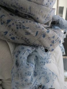 Khadi & Co Fine Loose Weave Wool Shawl KBW906A