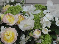 Week 21 // Slow Flowers Challenge with Mock Orange and Garden Peonies Mock Orange, Peonies Garden, Design Projects, Floral Design, Floral Wreath, Bouquet, Challenges, Flowers, Floral Crown